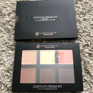 Anastasia Beverly Hills Makeup Contour Kit Poshmark